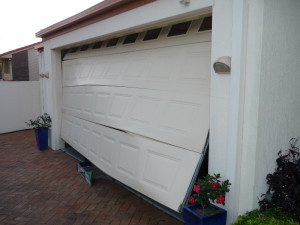 repair-damaged-garage-door-litchfield-park-az